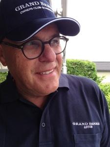 Piqueskjorter med påtrykk båtens navn og Grand Banks.